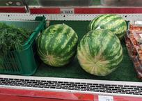 Крымчан шокируют цены на появившиеся в продаже арбузы, фото — «Рекламы Алушты»