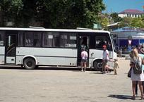 В Севастополе снизилась стоимость проезда по маршруту «пл. Захарова – пл. Нахимова», фото — «Рекламы Севастополя»