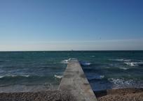 Стали известны результаты обследования пляжа бухты Омега в Севастополе, фото — «Рекламы Севастополя»