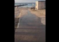 Оператор извинился за слив канализации в море на пляже «Омега», фото — «Рекламы Севастополя»