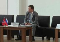 Безработный Овсянников объяснил низкую явку ушедшим из политики Чалым, фото — «Рекламы Севастополя»