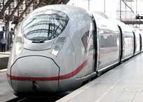 Для поездов в Крым закупили 166 вагонов и 10 локомотивов, фото — «Рекламы Ялты»