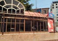 В центре Ялты снесут самовольно построенный магазин, фото — «Рекламы Алупки»