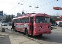 Куда пропал памятник троллейбусу с Ангарского перевала в Крыму, фото — «Рекламы Белогорска»