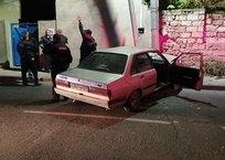 В Евпатории угонщик «прокатил» полицейского на двери авто и врезался в столб, фото — «Рекламы Белогорска»