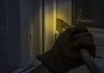 Category_burglar-1678883_960_720