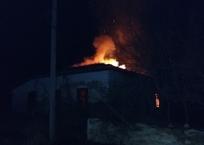 В Крыму на пожаре заживо сгорели два человека, фото — «Рекламы Коктебеля»