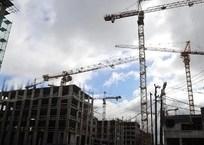 Власти: Рынок первичного жилья в Крыму тормозят банки, фото — «Рекламы Ялты»