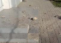 На тротуары в Евпатории осыпаются балконы ФОТО, фото — «Рекламы Евпатории»