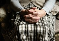 Category_hands-4051469_1920