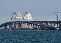 ВНИМАНИЕ! Крым закрывается на карантин: на Крымском мосту установят блокпост, фото — «Рекламы Севастополя»