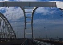 На Крымском мосту установили второй блокпост - со стороны Краснодарского края, фото — «Рекламы Евпатории»