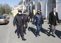 В Севастополе начали штрафовать гуляющих без пропуска, фото — «Рекламы Севастополя»