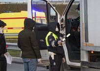 Аксенов поручил усилить проверку личных и грузовых автомобилей, фото — «Рекламы Евпатории»
