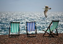 Category_deckchairs-355596_1280