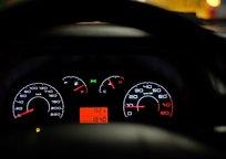 Category_car-dashboard-2667434_1280