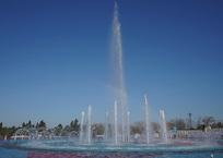 В Севастополе началась очистка фонтанов, фото — «Рекламы Севастополя»