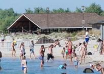 К следующему сезону власти Крыма обещают узаконить частный сектор приема туристов, фото — «Рекламы Старого Крыма»