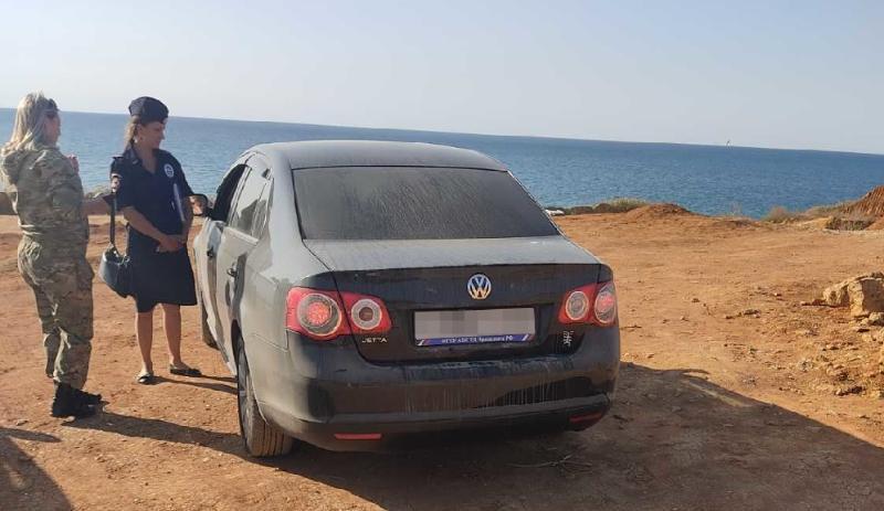 В районе «диких» пляжей Севастополя организованы незаконные автостоянки