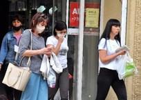 «Защита от штрафа»: В супермаркетах и аптеках полуострова продаются маски, способные остановить только пыль, фото — «Рекламы Севастополя»