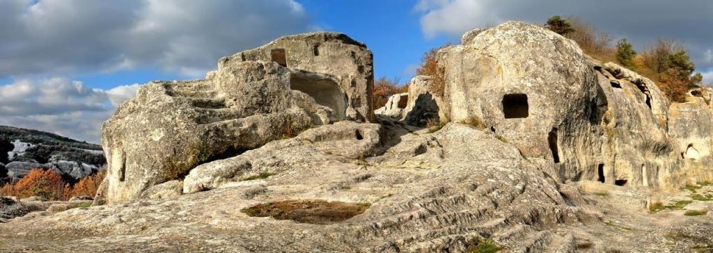 Эски-Кермен – пещерный город