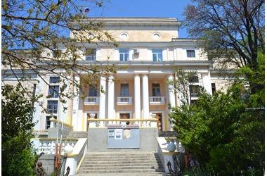 Балаклавский Дворец культуры (БДК), фото — портал «Реклама Севастополя»