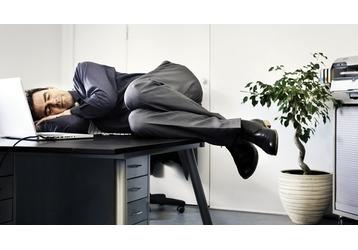 15 способов отдохнуть на работе за 5 минут, фото — «Реклама Крыма»