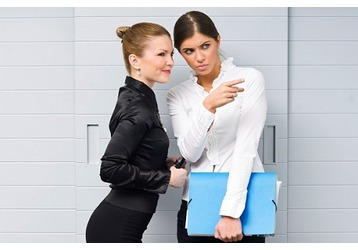 Что делать, если вас не любят на работе, фото — «Реклама Крыма»
