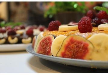 Вредные и полезные сладости для малыша, фото — «Реклама Крыма»