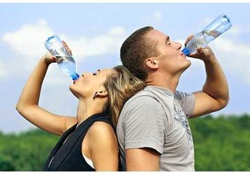 Три причины не пить много воды, фото — «Реклама Алупки»
