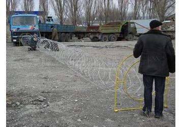 Продажа колючей проволоки Егоза, фото — «Реклама Гурзуфа»
