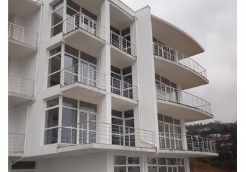 Перила для лестниц и балконов, ограждения, перегородки из алюминия – надежно и доступно!, фото — «Реклама Крыма»