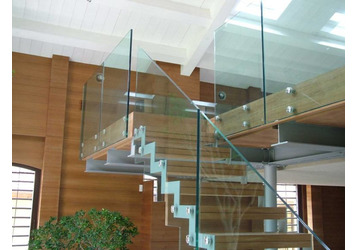 Лестницы на заказ, ограждения, корпусная мебель в Симферополе – Still Line. Практичные решения!, фото — «Реклама Крыма»