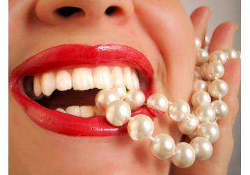 Вредные привычки для зубов, фото — «Реклама Севастополя»