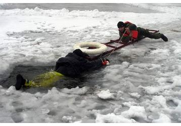 Профессия - спасать людей, фото — «Реклама Севастополя»